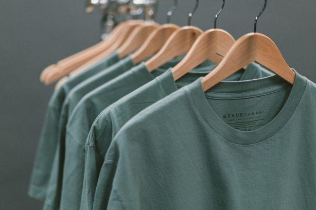 Tips Memilih Bahan Baju